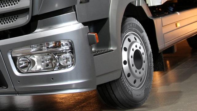 Hankook выпускает новые шины для грузовиков премиум-класса